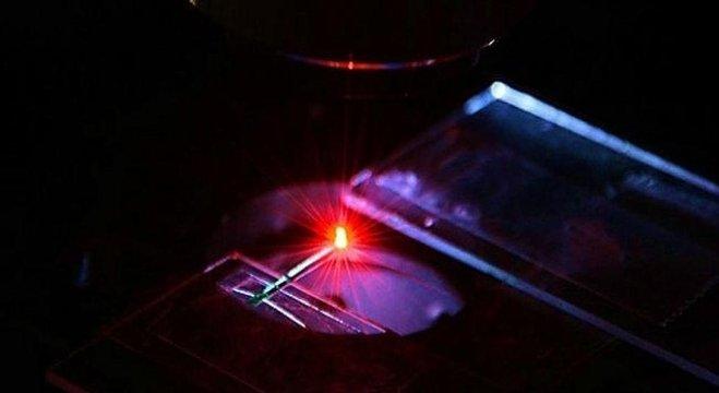 العلماء يطورون ليزر الدم للكشف عن الأورام